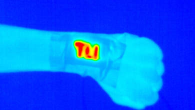 Photo of Electric wristband heater offers constant portable warmth
